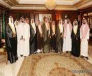 الأمير مشعل بن عبدالله يلتقي إدارة أدبي نجران